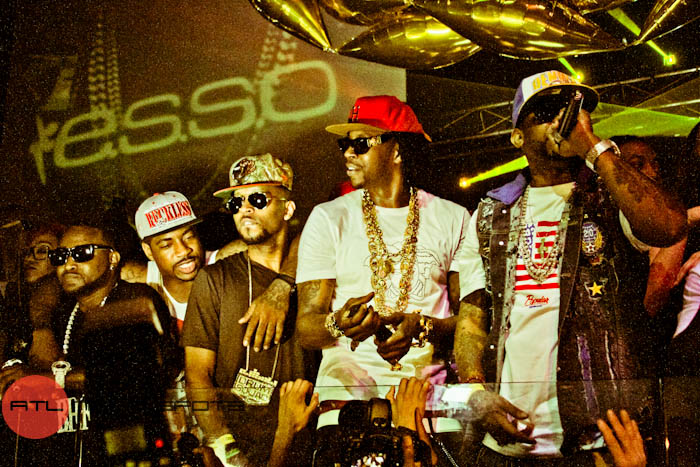 2 Performing Live at ESSO During His Album Release Party Pictures